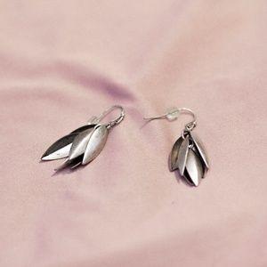 silver flower layering dangle earrings